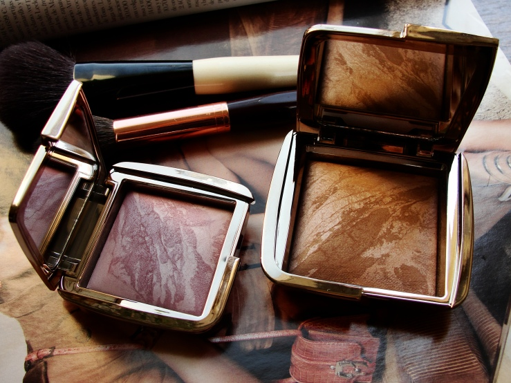 Hourglass Ambient Lighting Blush Mood Exposure, Hourglass Ambient Lighting Bronzer Luminous Bronze Light