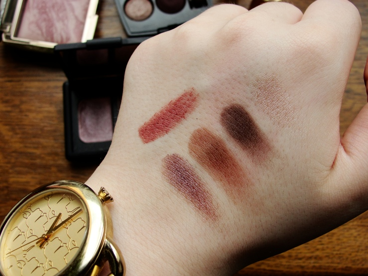 Because I never properly swatched Nars Dolomites for you. L-R: Nars Dolomites, two of the Chanel Raffinement shadows, top Charlotte Tilbury Very Victoria