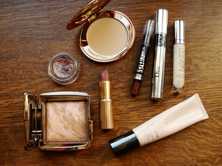 Chanel New Moon, Charlotte Tilbury Very Victoria, Hourglass Luminous Bronze,
