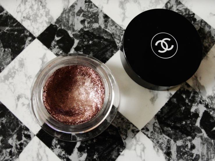 Chanel New Moon, Charlotte Tilbury Hepburn Honey