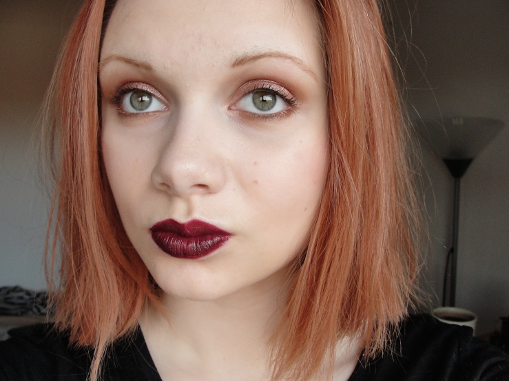 Chanel Rouge Noir, Urban Decay Trick, Chanel Ardent